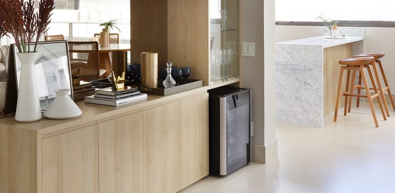 3 ideias de adegas para ter no seu apartamento